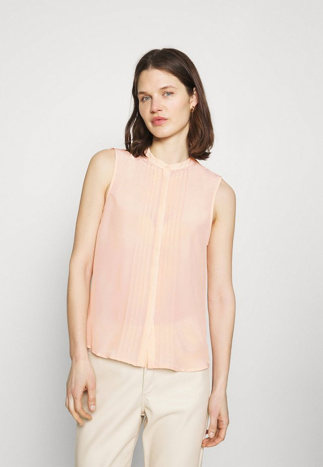 Sleeveless Blouse with gathers - Blůza - pink