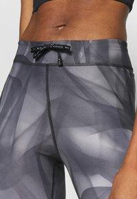 Nike Performance - RUN 7/8 - Tights - black/silver - 3