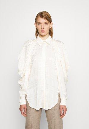 DRAPED SLEEVE SHIRT - Overhemdblouse - ivory