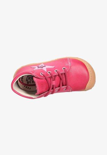 Sportieve veterschoenen - pink (341)