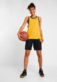 Nike Performance - NIKE DRI-FIT DAMEN-BASKETBALLSHORTS - Sports shorts - black/anthracite - 1