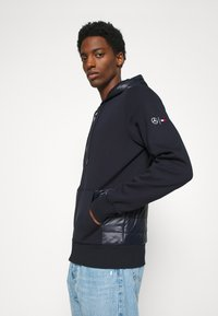 Tommy Hilfiger Tailored - MIXED MEDIA ZIP THRU HOODY - veste en sweat zippée - blue - 3
