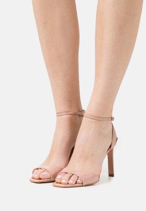 DIVINE - Sandały - nude