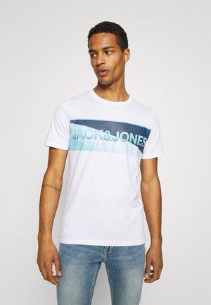 JCOJENSON TEE CREW NECK - T-shirt z nadrukiem - white