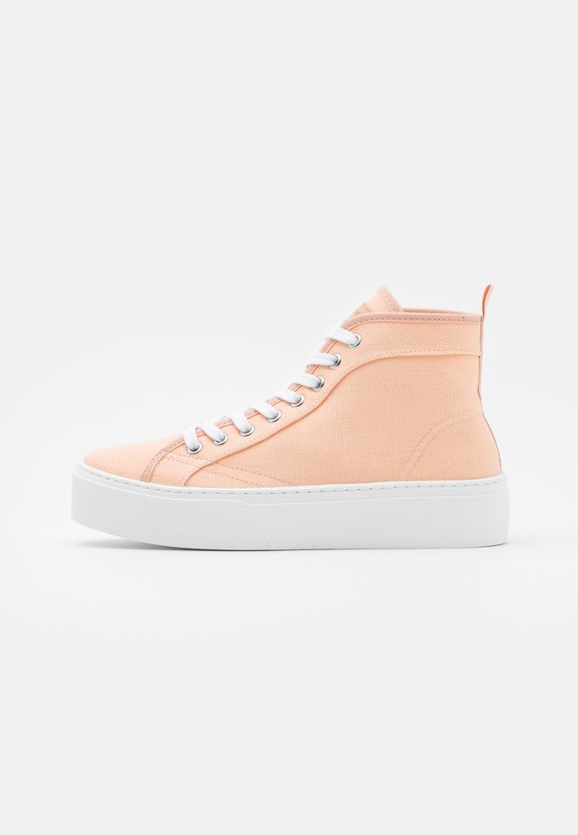 FOCUSED FLATFORM - Korkeavartiset tennarit - nude drench