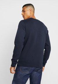 Calvin Klein Jeans - ICONIC MONOGRAM CREWNECK - Sweatshirt - night sky - 2