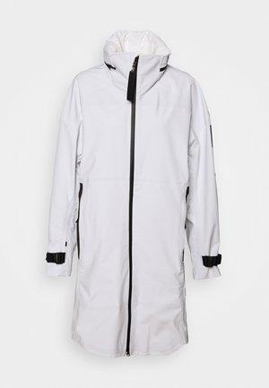 MYSHELTER - Regnjakke / vandafvisende jakker - white