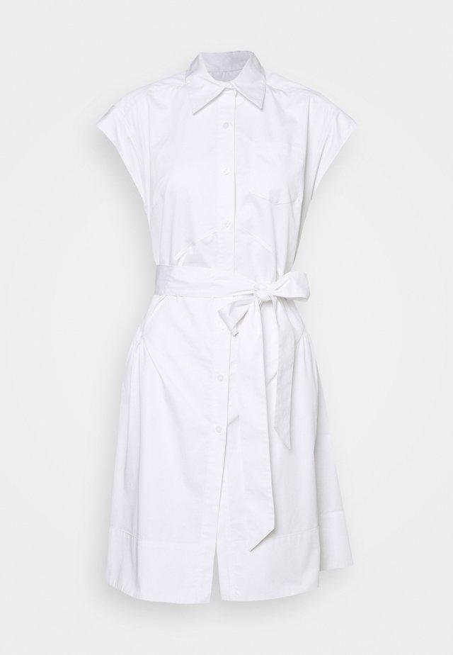 HANNAH - Abito a camicia - white