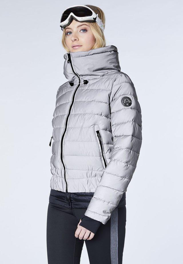AUS REFKLEKTIERENDEM MATERIAL - Winter jacket - silver/reflect
