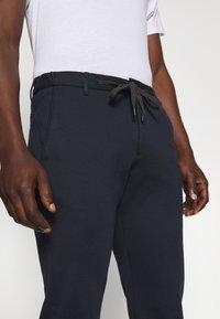 JOOP! Jeans - MAXTON - Pantalones - dark blue - 3