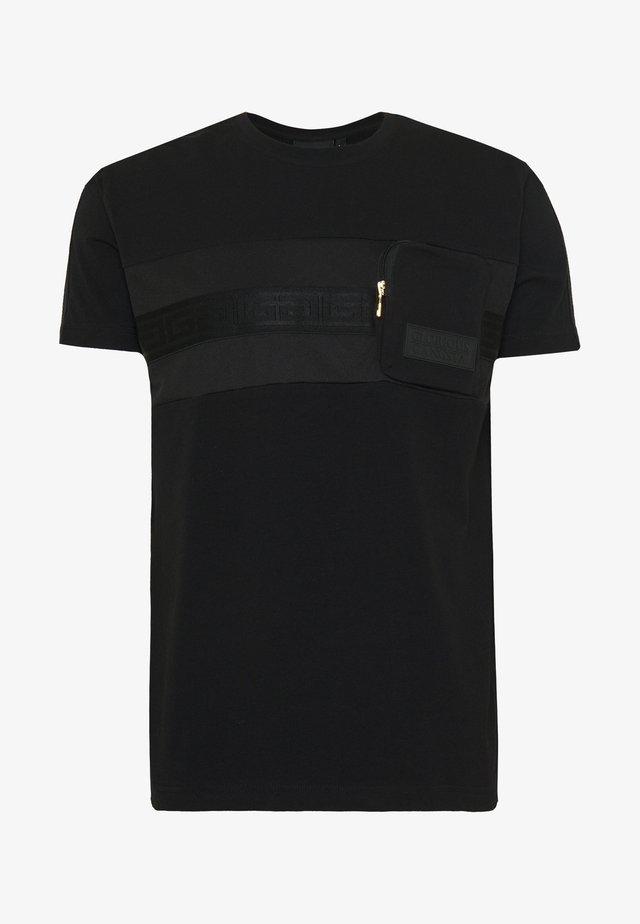 MORELLO  - Camiseta estampada - black