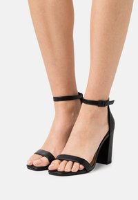 Rubi Shoes by Cotton On - SAN SQUARE TOE - Sandały - black - 0