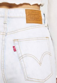 Levi's® - RIBCAGE STRAIGHT ANKLE - Jeans straight leg - light blue denim - 4