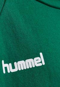 Hummel - HMLGO  - Hoodie - green - 3