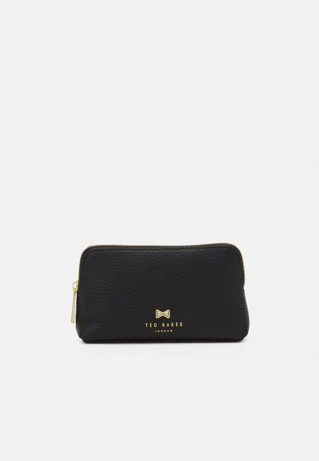 LIEKE - Kosmetická taška - black