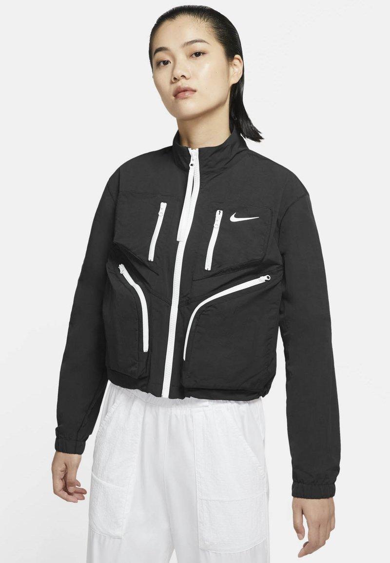 Nike Sportswear - Chaqueta de entrenamiento - black