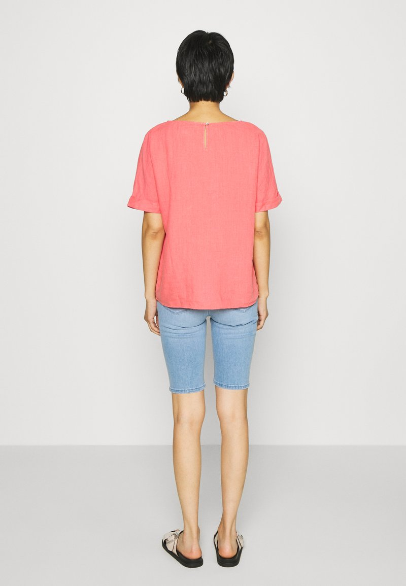 s.Oliver - KURZARM - Blouse - coral red