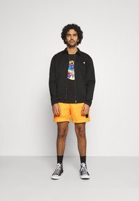 adidas Originals - SPORTS INSPIRED - Shorts - solar gold - 1