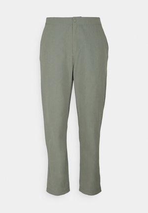 SIGHTSEER PANT - Kalhoty - agave green