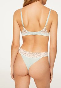 OYSHO - Underwired bra - green - 1