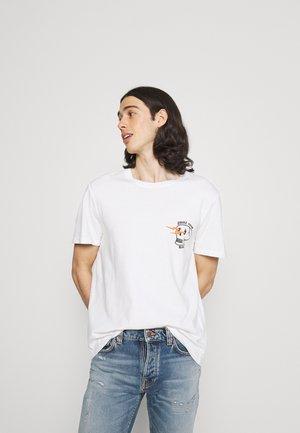 ROY - T-shirt med print - chalk white