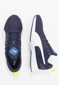 Puma - FLYER RUNNER JR UNISEX - Neutral running shoes - galaxy blue/white/peacoat/meadowlark - 0