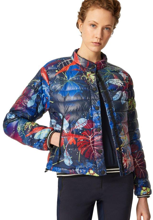 Gewatteerde jas - blau/rot