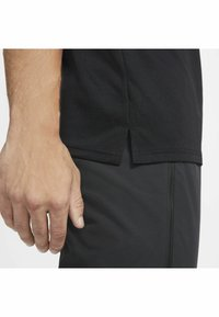 Nike Performance - DRY SUPERSET - T-paita - black/(white) - 4