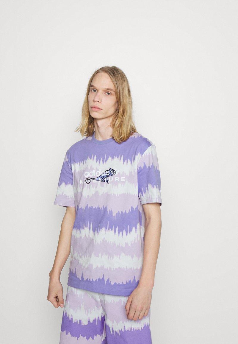 adidas Originals - UNISEX - Print T-shirt - light purple