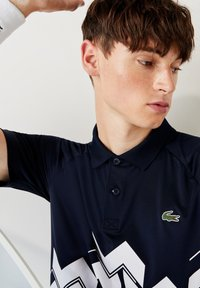 Lacoste Sport - Polo shirt - bleu marine / blanc - 3