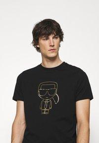 KARL LAGERFELD - CREWNECK - Print T-shirt - black/gold - 3