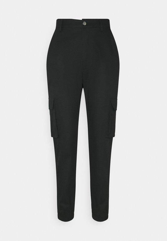 PLAIN CARGO TROUSER - Bukse - black