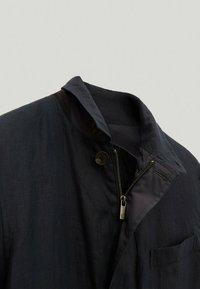 Massimo Dutti - Summer jacket - blue/black denim - 3