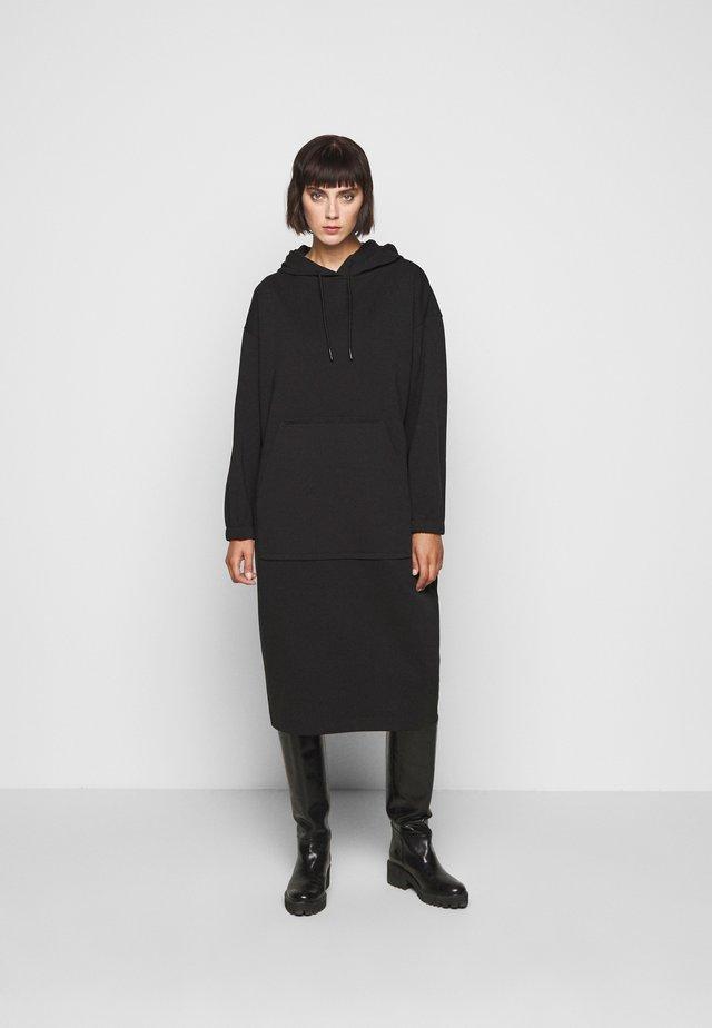 SLIMA - Day dress - black