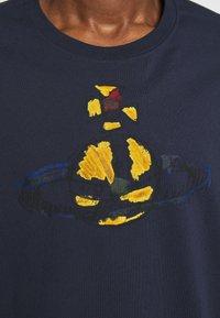 Vivienne Westwood - KID CLASSIC UNISEX - Print T-shirt - navy - 10