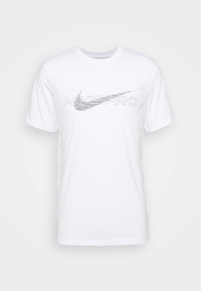 TEE PRO - T-shirt con stampa - white