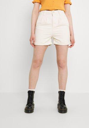 Denim shorts - ecru
