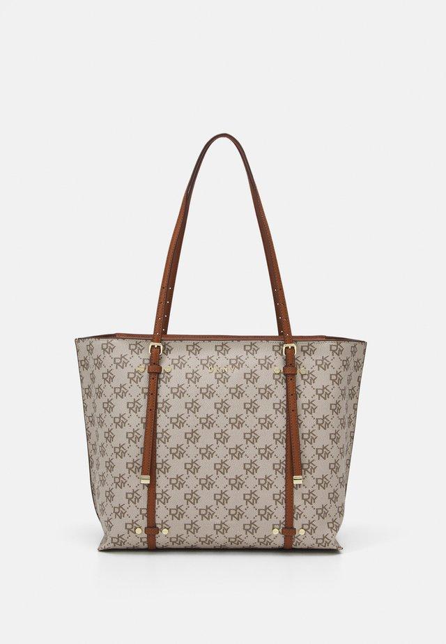 BO TOTE CATHERINE LOGO - Handbag - caramel