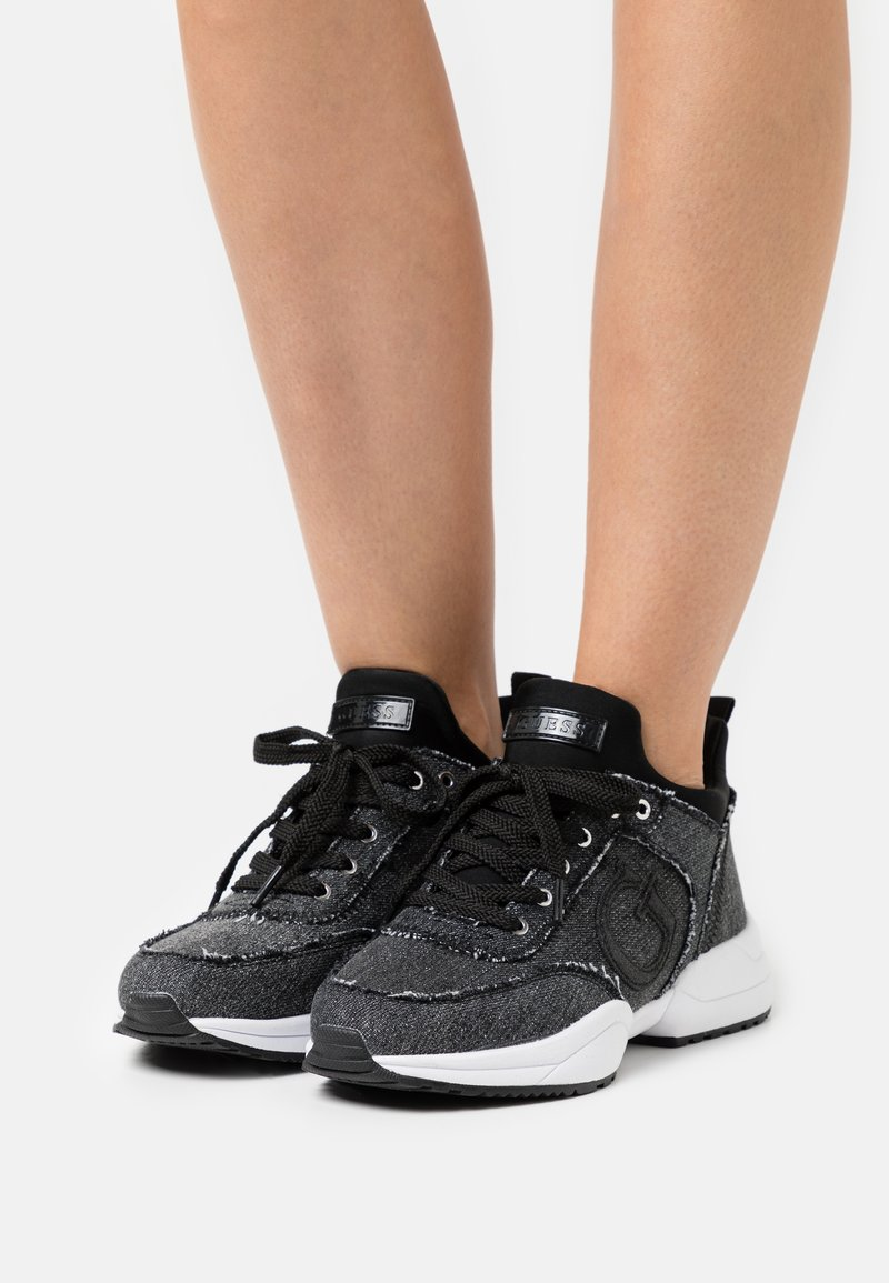 Guess - BELTIN - Trainers - black