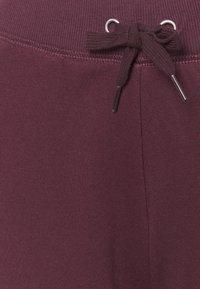New Look - SLIM LEG JOGGER - Tracksuit bottoms - dark burgundy - 6