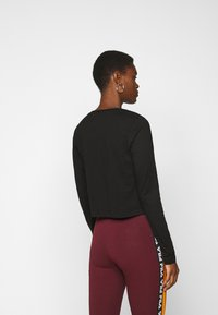Fila Tall - EAVEN CROPPED LONG SLEEVE - Longsleeve - black - 2