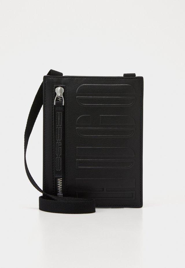 TYCOON NECK POUCH  - Sac bandoulière - black