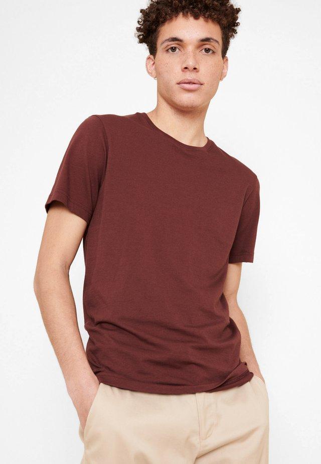 TAPINEL - T-shirt basique - marron brownie