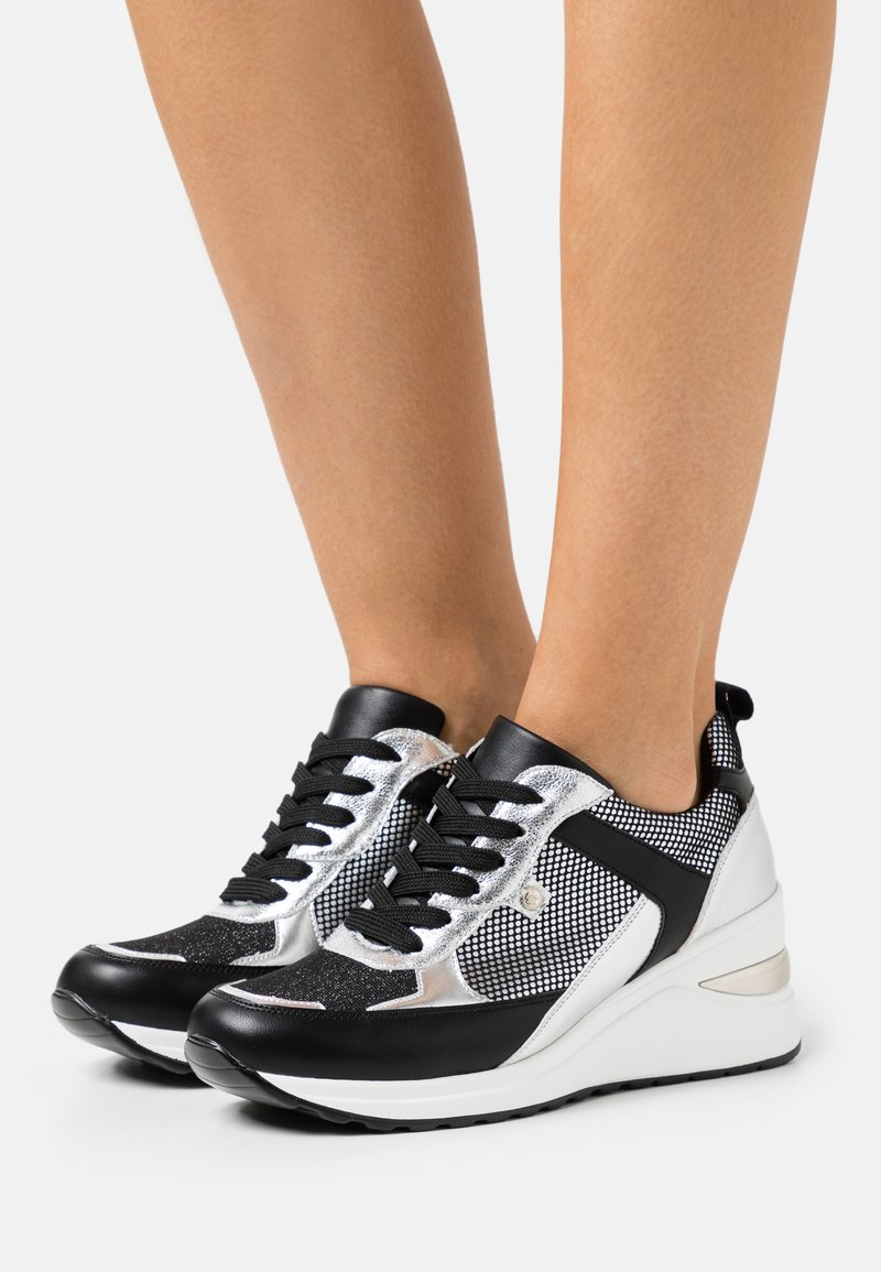 Tata Italia - MERCURIO  - Sneakers basse - black