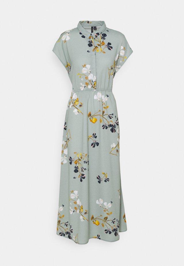 VMHALLIE LONG TIE DRESS - Robe longue - green milieu