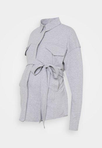 BELTED EMBROIDERED - Skjorte - grey marl
