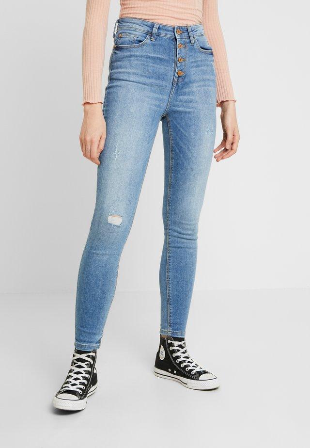 JDYJONA HIGH FLY - Skinny džíny - light blue denim