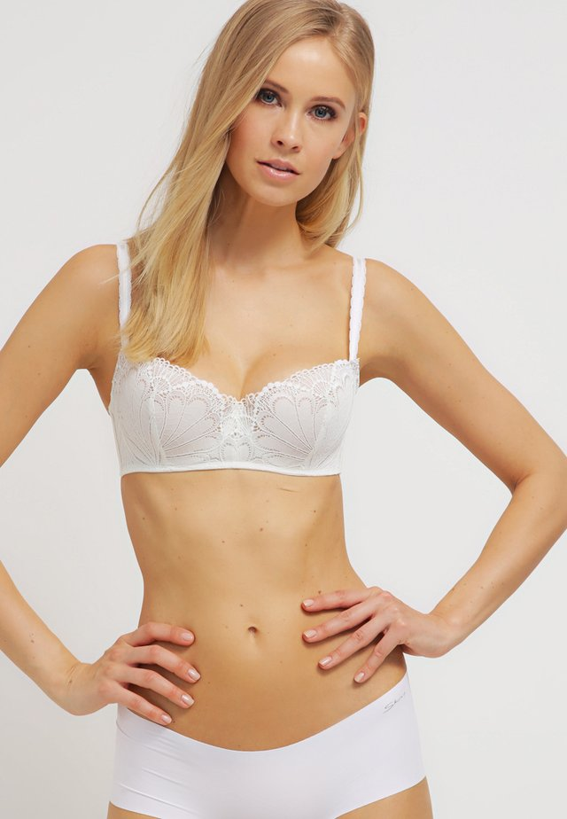 REFINED GLAMOUR - Balconette bra - off-white