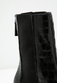 Topshop - HUNTINGTON BOOT - Classic ankle boots - black - 2