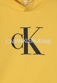 Calvin Klein Jeans - MONOGRAM HOODIE UNISEX - Huppari - yellow - 3